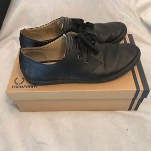 Fred Perry Leather sneakers